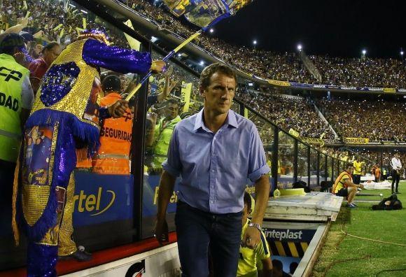 """El """"Vasco"""" Arruabarrena en su etapa de DT de Boca Juniors... debuto el 31 de agosto de 2014 contra Velez por el torneo local, Con una victoria 3 a 1..."""