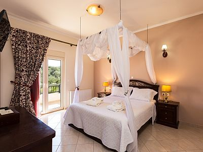 Rethymno villa rental - Towels, linen, blankets and covers provided!