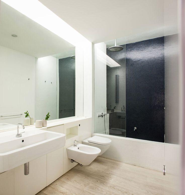 Oltre 25 fantastiche idee su piccola vasca da bagno su - Vasca bagno piccola ...