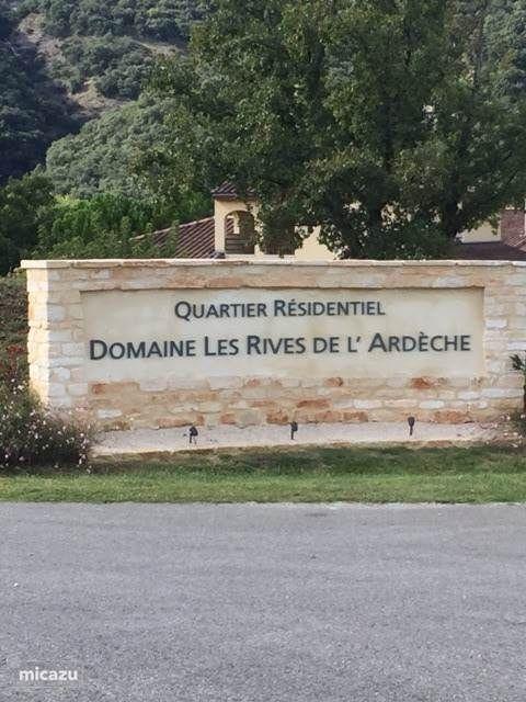 Entree Domaine Les Rives de l'Ardeche