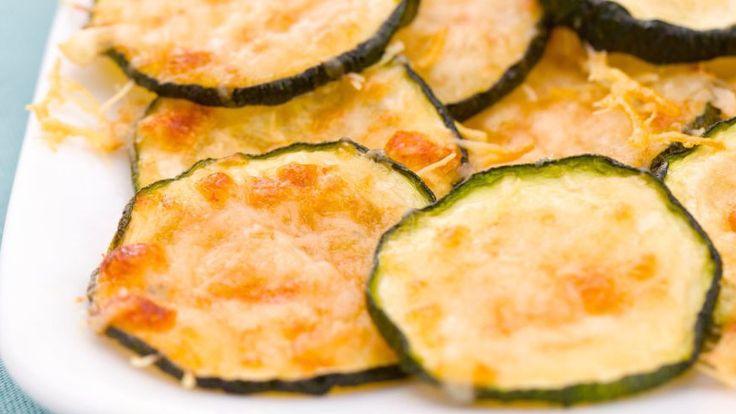 5 egészséges chips: parmezános cukkini, parmezános paradicsom, articsókás-spenótos, sült kelkáposzta, édesburgonya chips