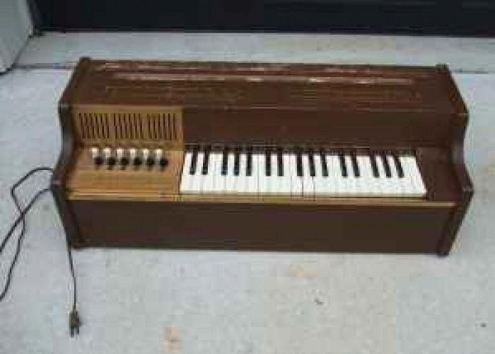 Vintage Magnus Chord Organ 25 Julington Creek Learn Piano Keyboard Lessons Piano Chords