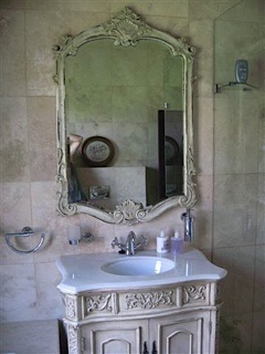 Beautiful Florentine Vanity & Rose Mirror