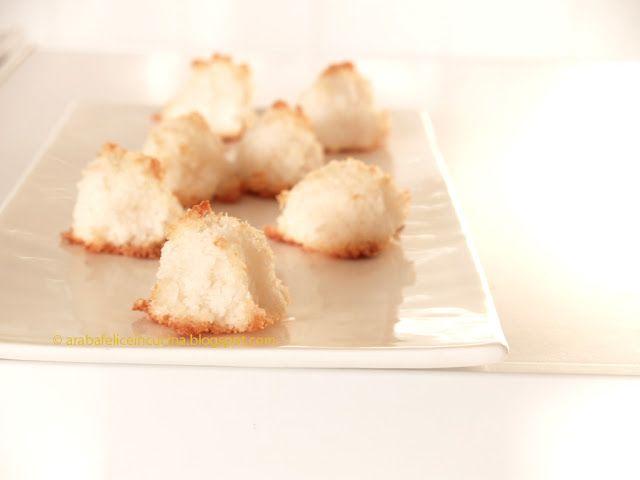 Arabafelice in cucina!: Dolcetti al cocco, senza farina