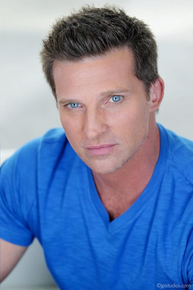 HAPPY HUNK DAY! This week's hottie is Steve Burton! Share this post if you love him as Dylan on Y!