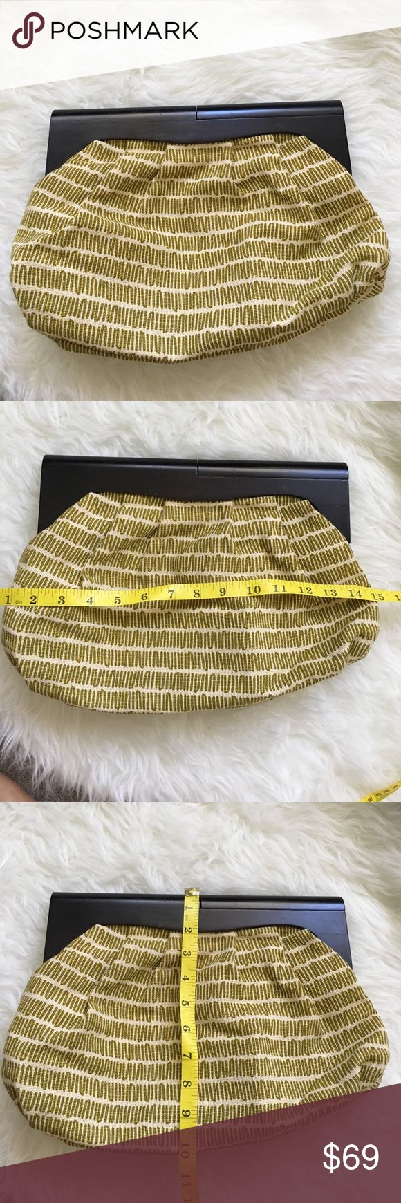 Old Navy Bag Excellent condition 😍 No trade 🚫 No model 💃🏻 Old Navy Bags
