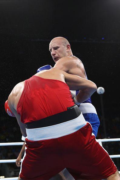 David Graf of German fights against Alberto Yamil Peralta oif Argentina