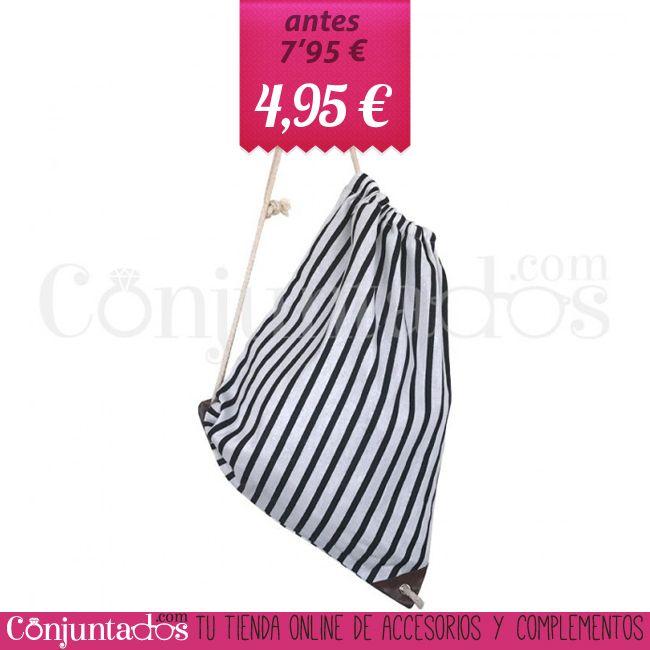 Mochila-saco de playa con estampado marinero blanco y negro ★ 4'95 € en https://www.conjuntados.com/es/outlet/mochila-saco-de-playa-con-estampado-marinero-blanco-y-negro.html ★ #sales #descuentos #discounts #mochila #mochilasaco #backpack #bag #playa #beach #stripes #conjuntados #conjuntada #lowcost #accesorios #complementos #moda #fashion #fashionadicct #lowcost #fashionblogger #blogger #picoftheday #outfit #estilo #style #spain #GustosParaTodas #ParaTodosLosGustos