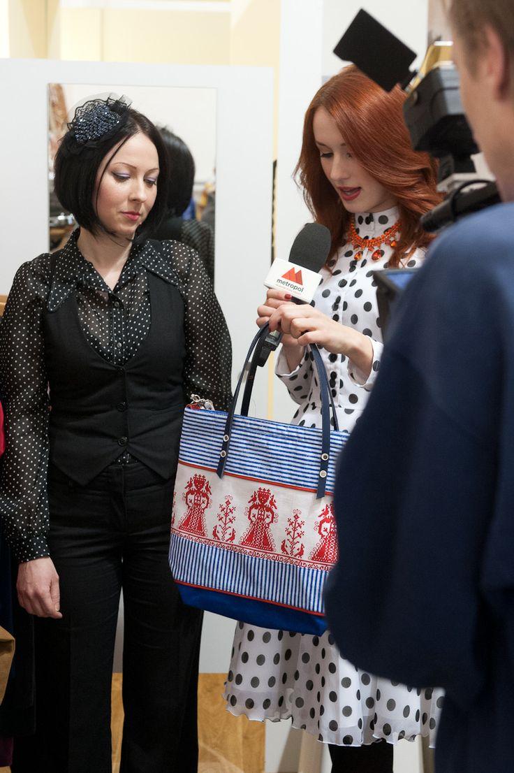 Shooting for TV, Lenka Vacvalova, Sugkrasisa by Kateřina Jurišić, Old label bags