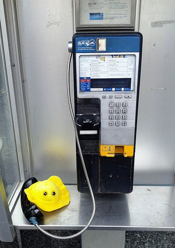 Can I get herpes from using a pay phone?  No. Herpes is transmitted via skin-to-skin contact with an infected person.  Wanna talk?  Have questions about herpes, other sexually transmitted infections like syphilis, chlamydia or HIV? Need advice on saf How to get rid of cold sores, remedies, symptoms, causes and more at http://cosmosale.com/coldsore