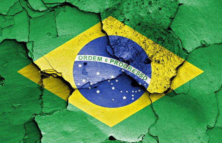"""Crise política brasileira: da ideia de golpe ao fortalecimento do """"menos pior"""" - http://controversia.com.br/16868"""