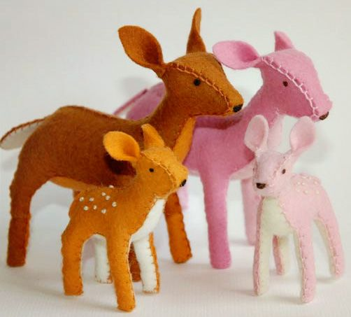 oh deer. I know a certain wee little princess who would spend hours talking and playing with these. they are just delightful.