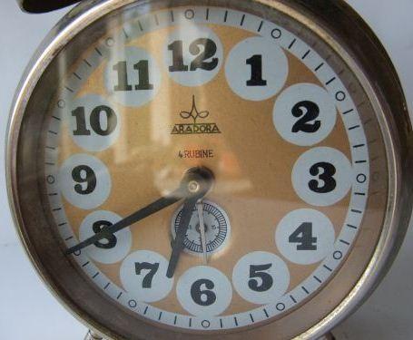 Ceasurile romanesti Aradora - Ceasuri - Femeia Stie.ro