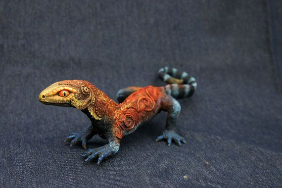 Large Lizard Gecko Animal Totem figurine by DemiurgusDreams, $295.00