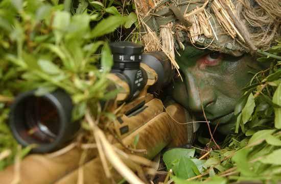 Keskin nişancı tüfekleri belgeseli Eğer hedefteyseniz kaçışınız yok demektir. Keskin nişancılar belgeseli