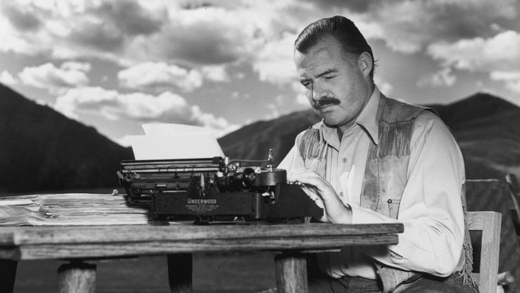 Ernest Hemingway - Mini Biography