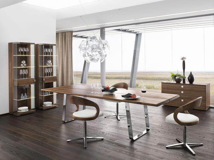 Esszimmer | Nussbaum massiv | Holz | Esstisch | Sideboard | Vitrine - bei Möbel Morschett