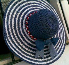 sombrero-pamela navy jean sombrero-pamela fibras naturales,trapillo,tejido jean hecho a mano
