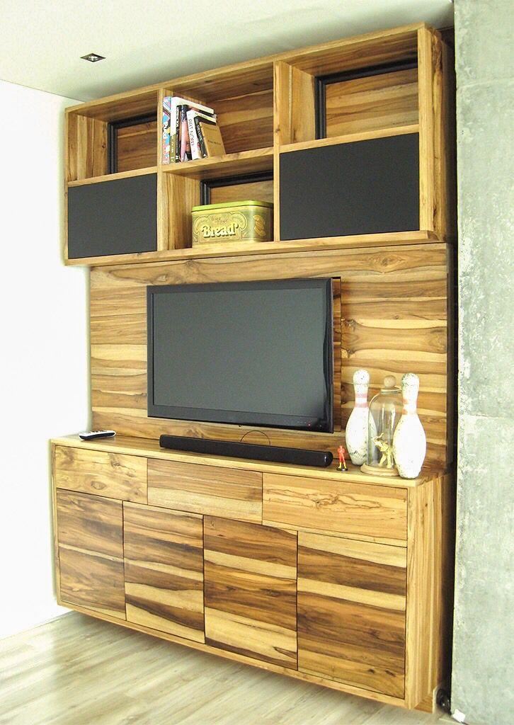 Mueble TVCL Diseñado Por Camilo Cálad @macrocefalo Www.macrocefalo.com  Elaborado En Madera