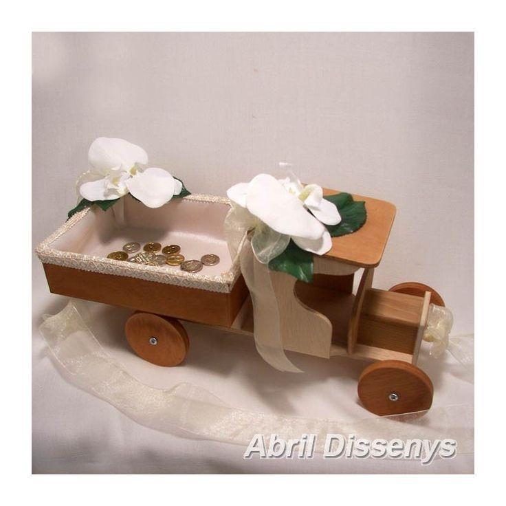 Camión para las Arras Orquídeas es un complementos de boda divertido y original para que las niñas de arras se acerquen al altar.