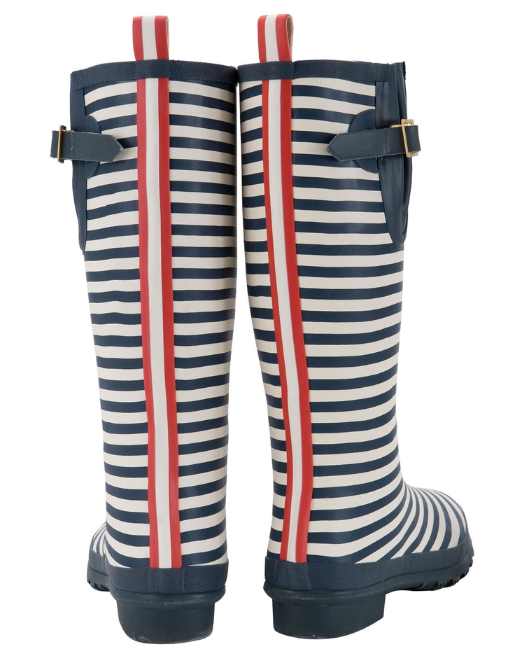 One can never have too many rainboots... right? (WELLY PRINT Womens Printed Wellies @ joules)