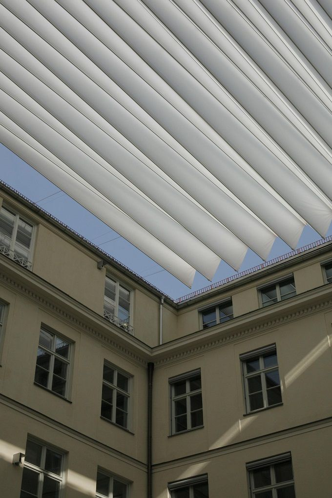 Foldable roof system for the hvb forum by the sefar for Roofing forum