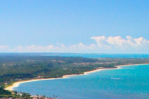Praia do Itacimirim, em Porto Seguro. Visite o BrasilGuias