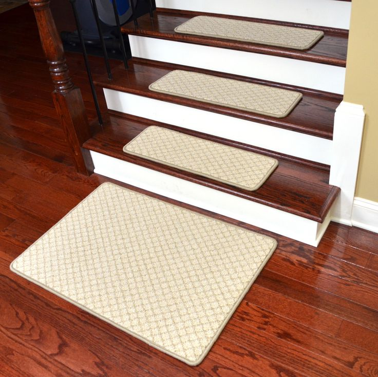 Great Dean Beige Diamond Trellis Pet Friendly Dog Helper Tape Free Non Slip  Carpet Stair Step Treadsu0026 Rugs   X Plus A Matching X Landing Mat   Dean Stair  Treads