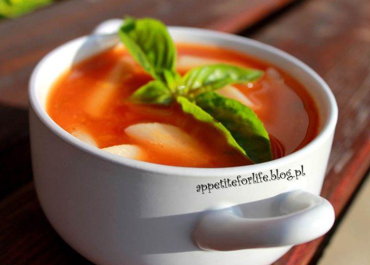 Diabelska ziołowa zupa pomidorowa