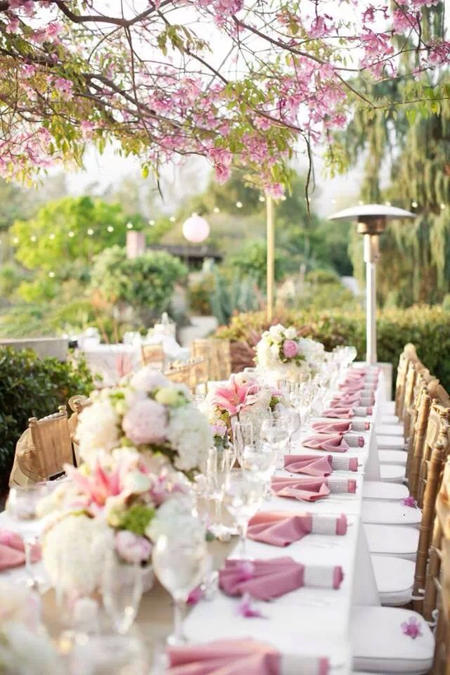 This wedding tablescape is beautiful under these cherry trees for an incredible Asian fusion look