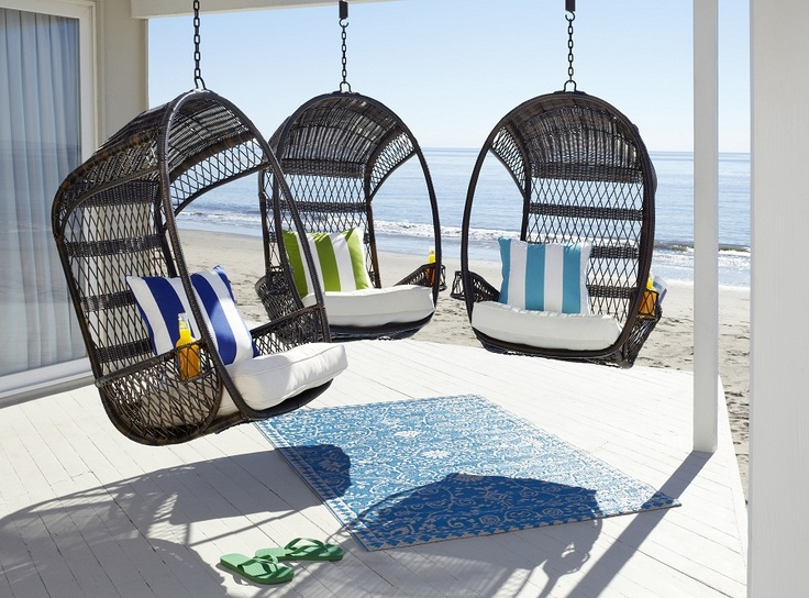Pair a hippy, happy and fun Swingasan® with bold pillows for a modern coastal look