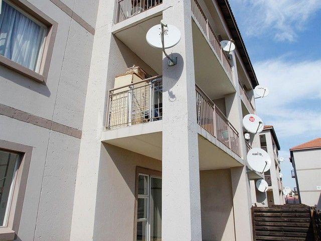 2 Bedroom Flat For Sale in Bardene