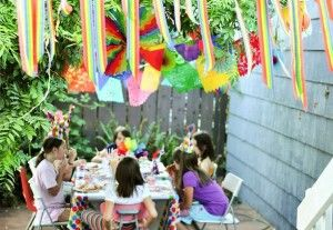 ideas for throwing a memorable party for your child while still respecting the environment. lots of great links and DIY!