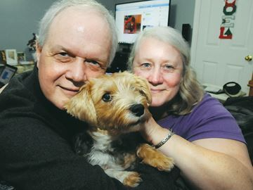 Dying Barrie man fills bucket list $1,000 at a time - Frank Nelson admits he hasn't completed his bucket list, but he's already crossed off six items.