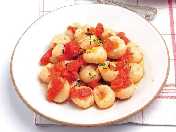 Gnocchi di ricotta con salsa di pomodoro crudo - Piattoforte