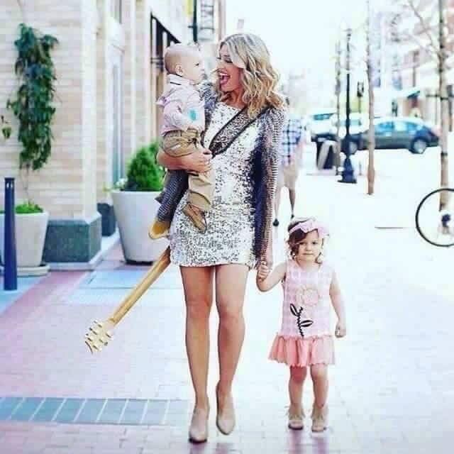 """Meet Charla...She's a busy mom of two, wife, singer, songwriter, radio host....and RFx Circle Achiever She put her music on hold two years ago because she saw her skincare """"side biz"""" could potentially fund her music career. Over the last two years she hustled and now is making PER MONTH enough to fund her next FIVE studio albums. WHAT?! Yep! Another perspective: She said her last monthly paycheck was enough to send her daughter to Texas Tech for FOUR YEARS. College tuition paid for in one…"""