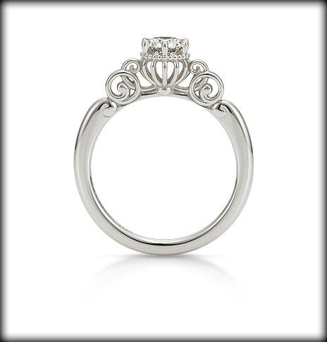 【K.UNO】Disney映画『シンデレラ』Fortunate Pumpkin Carriage エンゲージリング | オーダーメイド ディズニージュエリー | 結婚指輪・婚約指輪のケイ・ウノ