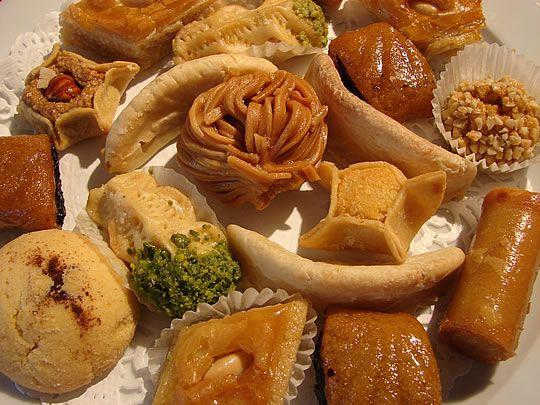The moroccan pastries bon appetit pinterest atelier for Atelier cuisine marrakech