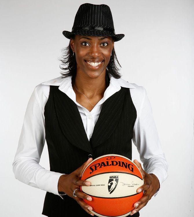 Sylvia Fowles | WNBA.com: SIMS Supernatural Sylvia Fowles
