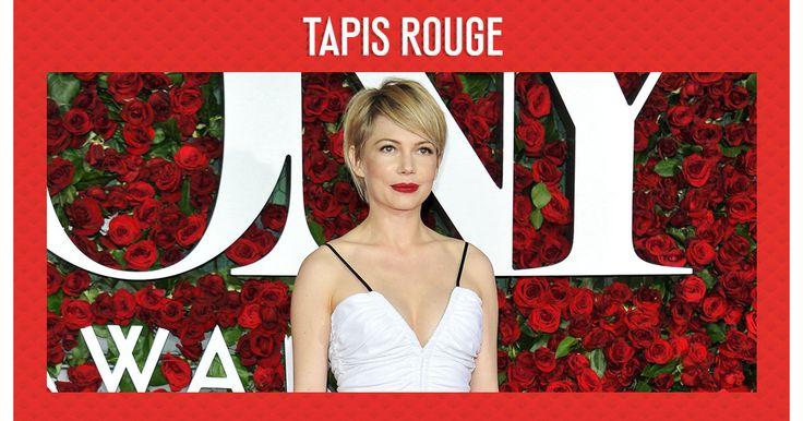 Présidés par le roi de l'humour britannique James Corden, les Oscars du théâtre ont vu défiler sur le tapis rouge un parterre de stars sur leur 31. Au programme, nœuds pap', robes à fleurs et beaucoup, beaucoup de dents blanches.