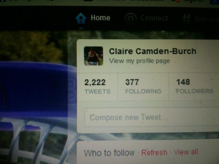 2222 tweets and 2221 of them no doubt about Ellen LOL