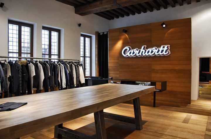 Designed by architect Andrea Caputo as several other Carhartt Stores in Italy, this space will be the perfect window for the ever-changing brand's reality...a different look and feel for Carhart