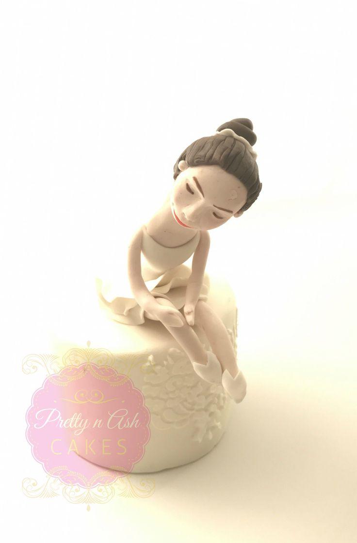#prettynashcakes #sugarmodelling #caketopper #sugarfigurine #sugarart #figurines  #cakedecorating #acdnmember