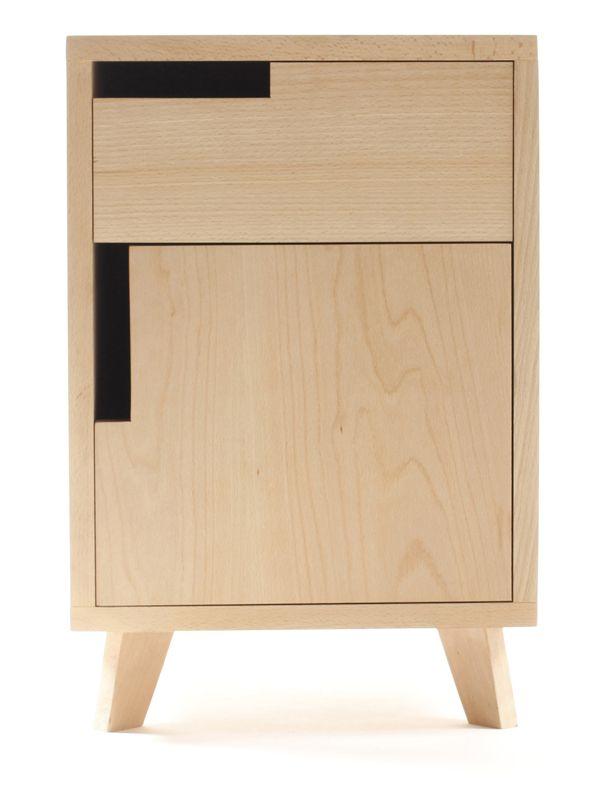 Uou! Design: Nightstand solid Beech -Lluís Puig Camps