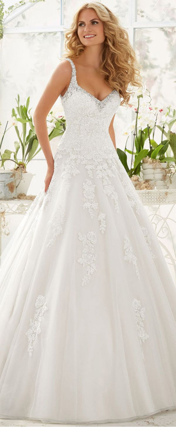 Stunning Tulle V-neck Neckline A-line Wedding Dresses with Beaded Lace Appliques