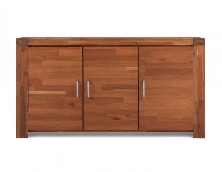 Philippe is a minimalist piece that adds a lot of dimension to the living or dining room, thanks to its multi-tonal slats created with a blend of solid acacia wood and acacia veneer. A perfect mix of  modern and rustic, this sideboard has three doors, hiding ample storage. Pack even more punch by pairing it with the other items of Structube's Philippe collection.