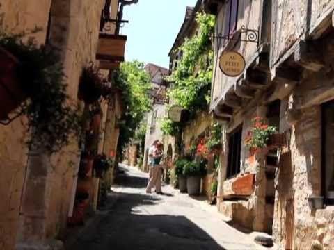 Vallée de la Dordogne : Villages d'exception - YouTube Et tout cela, depuis votre camping Sites et Paysages Les Hirondelles, Loupiac en Vallée de la Dordogne, Lot