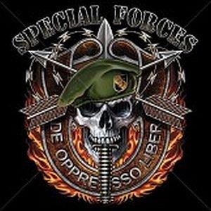T-SHIRT SPECIAL FORCES SKULL GREEN BERET ARMY MILITARY X-LARGE
