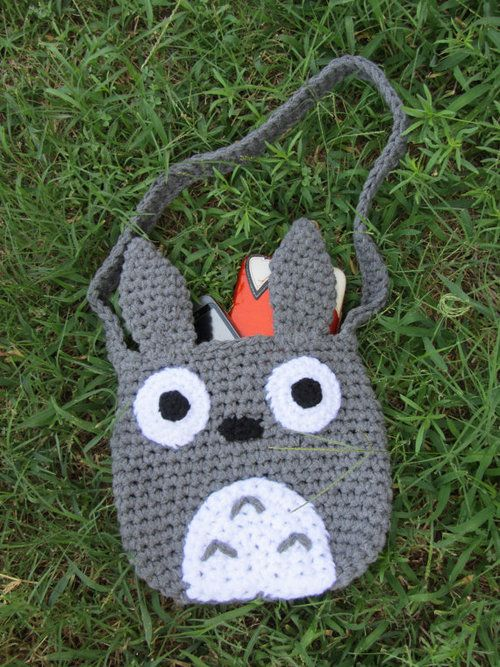 Totoro bag.  No pattern --just a photo to work from.  Looks easy to replicate and fast since it is chrocheted in chunky yarn or similar (tarn?)