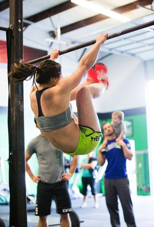 Crossfit Και Για Γυναίκες / Crossfit Exercise For Women